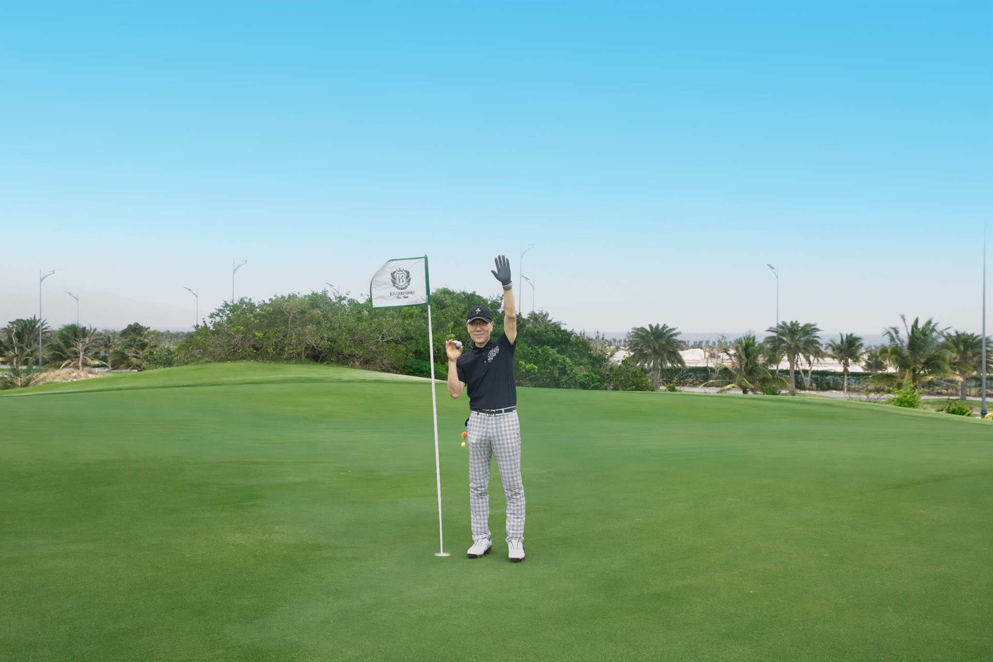 09 February, Links Course, Hole #16, Mr. Kwon Dae Hong